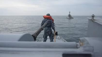 Українські військові випробували новий артилерійський катер: промовисті фото