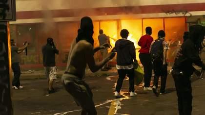 Міннеаполіс у вогні: влада міста просить ввести Нацгвардію – фото, відео