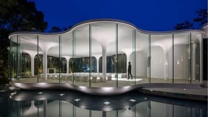 Конь на крыше, таблетки в стене и отель-гнездо: как выглядит архитектура будущего