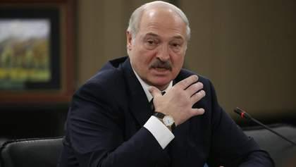 Хоче показати, що контролює ситуацію: чому Лукашенко звільнив уряд