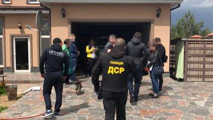 Рушниці, пістолети та ножі: в учасників перестрілки у Броварах провели обшуки – фото