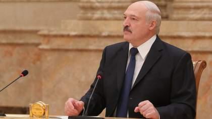 Лукашенко нагадав білорусам про розстріли під час придушення путчу