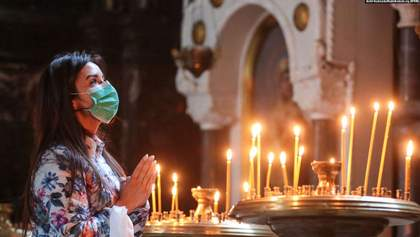 Почти вдвое больше, чем на Пасху: украинцы массово пошли в храмы на Троицу
