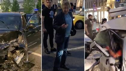 ДТП с Ефремовым: дом актера окружила полиция, он отказывается покидать квартиру