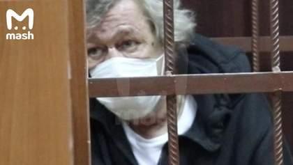 ДТП з Єфремовим: адвокат заперечує спробу самогубства актора