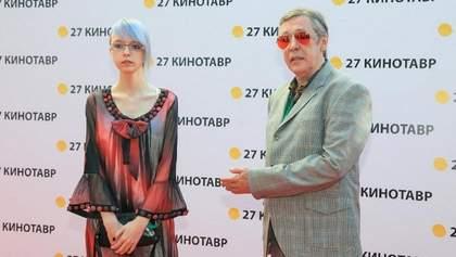 Дочка Єфремова звернулася до сім'ї загиблого в ДТП і розповіла про своє життя після аварії