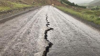 У Туреччині стався сильний землетрус: що відомо про руйнування та постраждалих