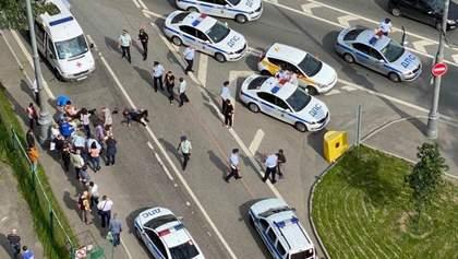 Мужчина устроил стрельбу в Москве: ранены полицейские – видео 18+