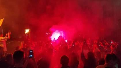 У будинок Зеленського кинули петарду: підсумки протестів 15 червня на підтримку Стерненка