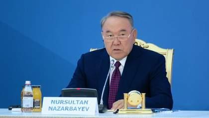 Нурсултан Назарбаєв заразився коронавірусом