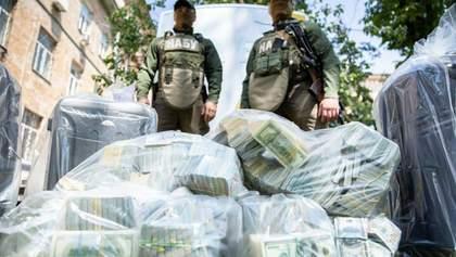 Підозрювані ходили до священника й ворожки: резонансні деталі про хабар у 6 мільйонів доларів