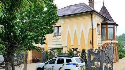 Новые Княжичи: в сети появилось видео штурма спецназом дома на Буковине – видео