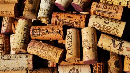 Види винних корків: чим відрізняються і чому важливі