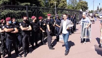 Оскарження арешту Стерненка: що відбувається під судом зараз – фото, відео