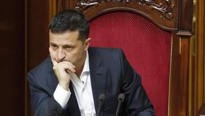 Впервые действия Зеленского не одобряет большинство украинцев: не лучше дела – у Кабмина и Рады