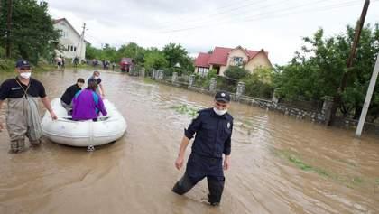 Шмигаль пообіцяв достатньо грошей на ліквідацію наслідків повені