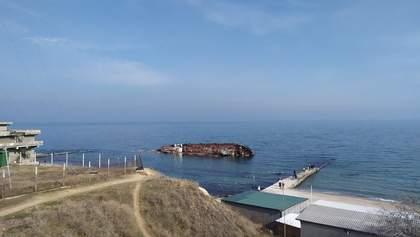 """Можно ли купаться возле пляжа """"Дельфин"""" в Одессе: выводы Экоинспекции"""
