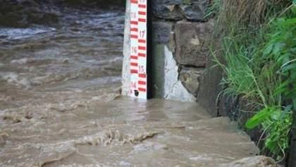 Негода повертається на Прикарпаття: очікують на підйом води у річках