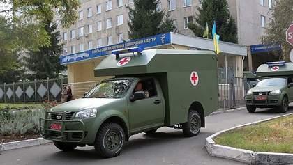 На Донбассе боевики ранили украинского военного: детали