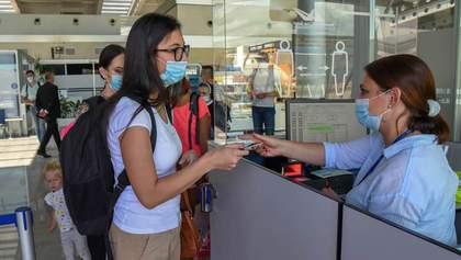 Туристическая Черногория усиливает карантин: что нужно знать о новых правилах и ограничениях
