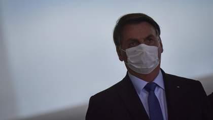 Журналісти подають до суду на інфікованого президента Бразилії через неприпустиму поведінку