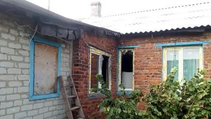 Боевики на Донбассе в очередной раз обстреляли жилые дома: фото разрушений в Зайцеве и Жованке
