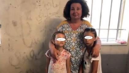 Не впускали до вбиральні і непривітний консул: що довелося пережити 17 українцям у Греції