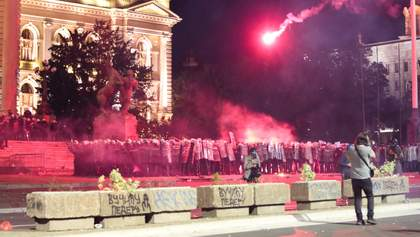 Масові протести у Сербії: 70 заарештованих, влада веде переговори з Косово