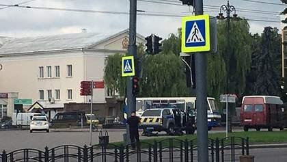 Захват заложников в Луцке: во время прямого эфира прозвучали выстрелы