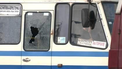 Появилось видео, как террорист Максим Плохой попал в автобус в Луцке