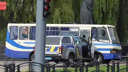 "Захват автобуса с заложниками: ""Плохой"" недавно проиграл суд в Луцке"