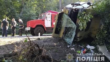 На Вінниччині масштабна ДТП: 4 загиблих та 4 поранених – фото