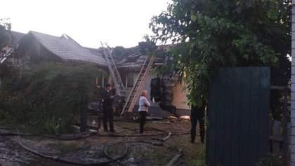 В представительстве ЕС в Украине обеспокоены пожаром в доме Шабунина