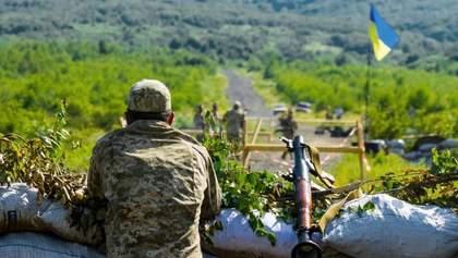 В Минске обсуждают 5 – 6 точек для будущего разведения войск на Донбассе, – Резников