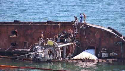 """Очередная попытка поднять танкер """"Delfi"""": почему это снова не удалось"""