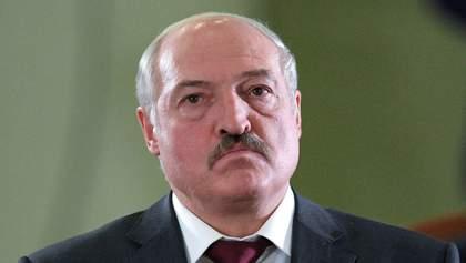 """У народу це викликає сміх: Лукашенко продовжує грозити """"українським сценарієм"""" в Білорусі"""