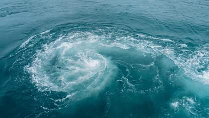 Мощный атлантический ураган надвигается на США