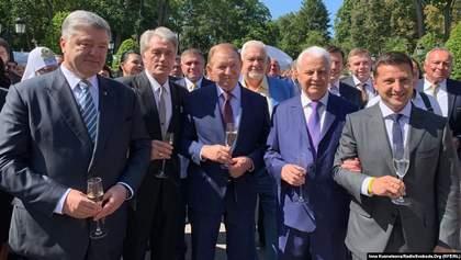 "От ""Маємо те, що маємо"" до ""розбійника"": лучшие мемы от украинских политиков"