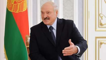 Володя хороший, але мені його шкода, – Лукашенко каже, що Зеленський може раніше піти з посади