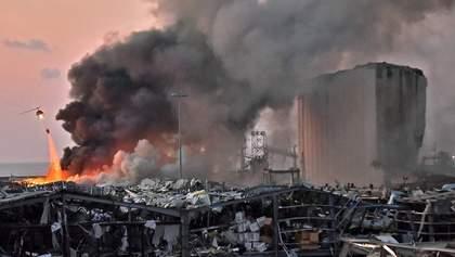 Місто перетворилося на руїни: рятувальники у Бейруті четверту добу шукають зниклих безвісти