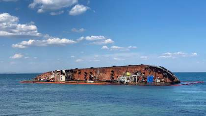 PR-кампания Труханова или помощь городу: что будут делать с танкером Delfi