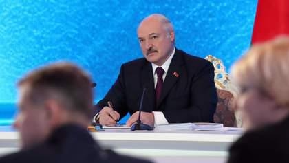 Иди пока не поздно, кровь уже пролилась, – белорусская писательница Алексиевич к Лукашенко