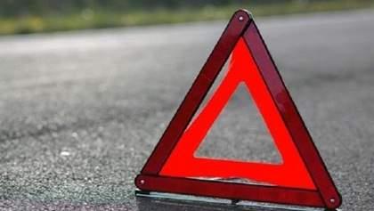 На Львівщині перекинулася вантажівка: вона повністю заблокувала рух трасою Київ – Чоп