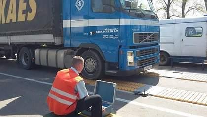 Зважені і нещасливі: контролем за вагою вантажівок в Україні займеться СБУ та Нацполіція