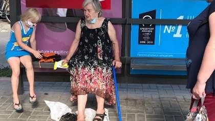 У Києві водій маршрутки притис дверима жінку і протягнув її асфальтом: фото, відео