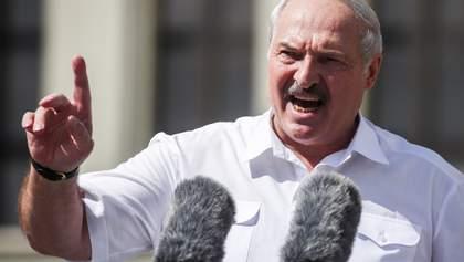 Портрет Лукашенка з тіл покалічених білорусів склали у Мілані – вражаючі фото