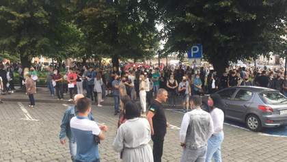 В Черновцах предприниматели протестовали против карантина: ограничения ослабили