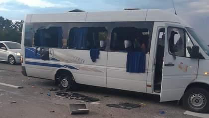 Расстрел автобуса под Харьковом: что это было и при чем здесь выборы?