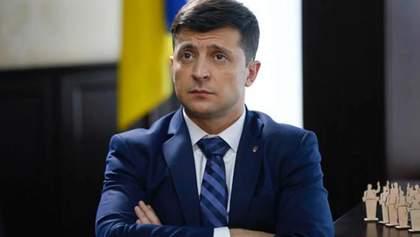 У Зеленського є два шляхи вирішення ситуації з КСУ і Ситником, – представник президента
