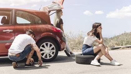 Как самостоятельно поменять колесо в автомобиле: пошаговая инструкция